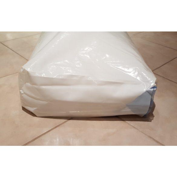 Gyertyaviasz, 25 kg paraffin pasztilla zsákos kiszerelésben